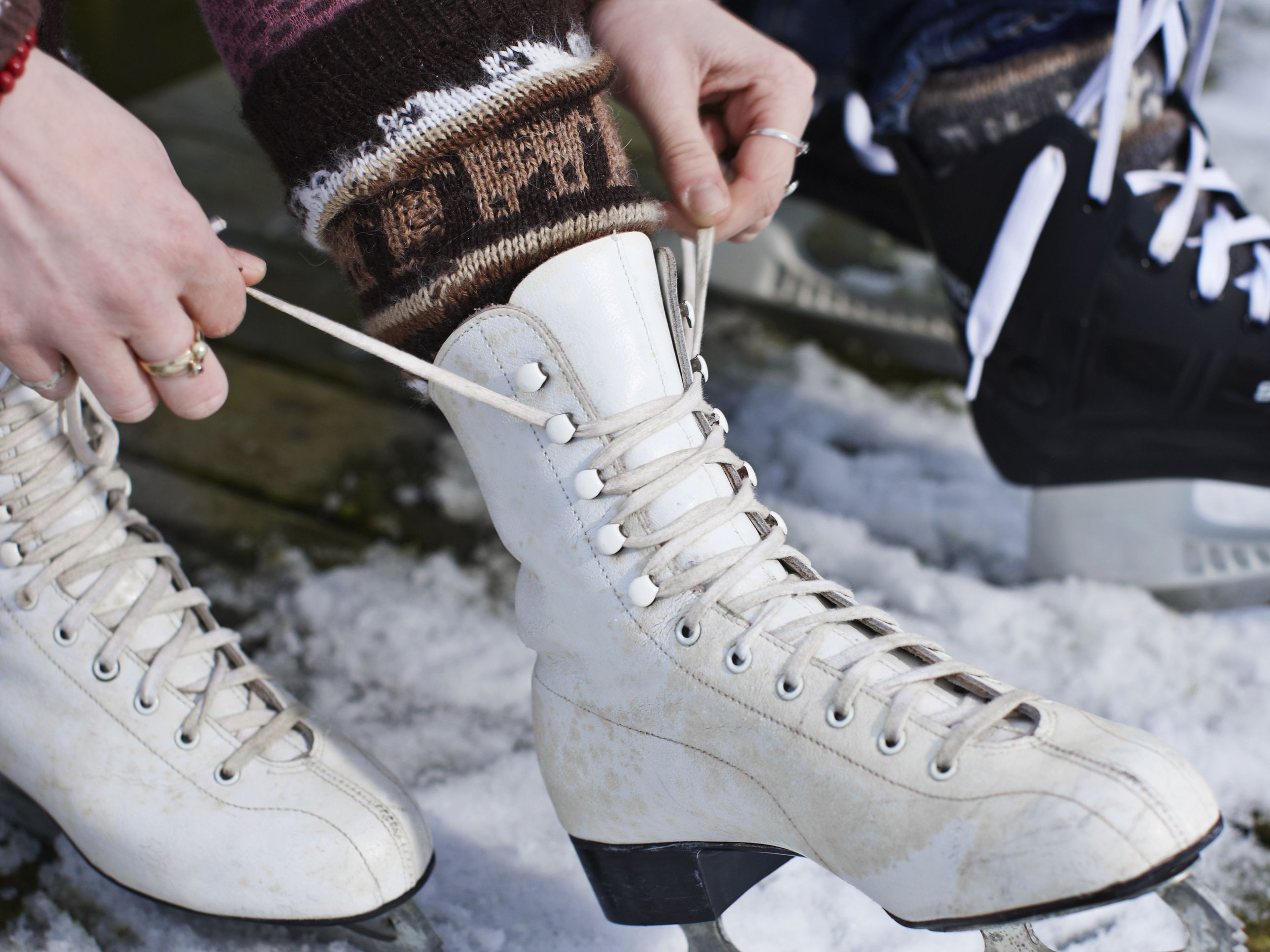 What Is the Difference Between a Hockey and Figure Skates?