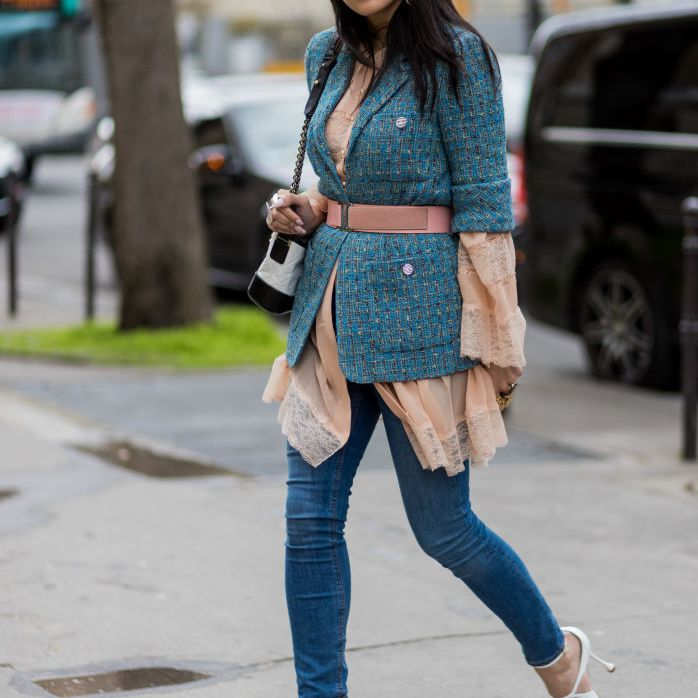 Street style jeans and blazer with sandals