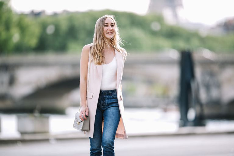 3f57171678a High Waisted Jeans Outfits for Every Body Type