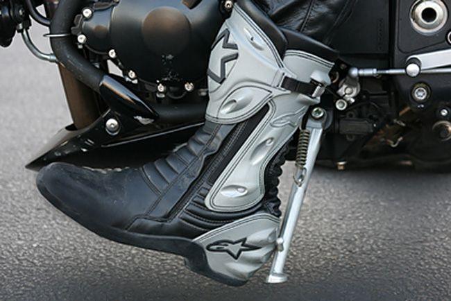 Motorcycle kickstand