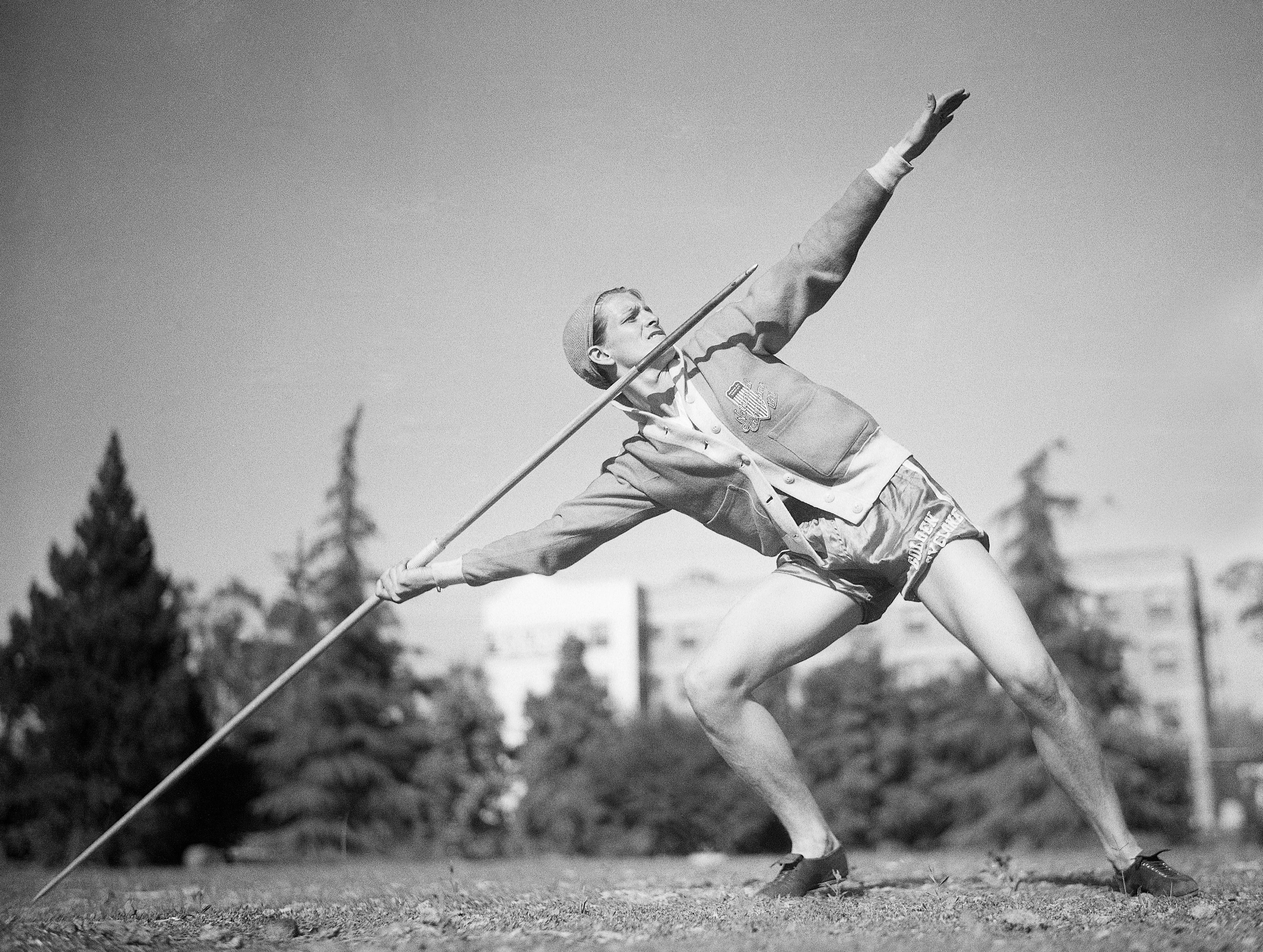 Babe Didrikson Zaharias shows off her javelin form in 1932
