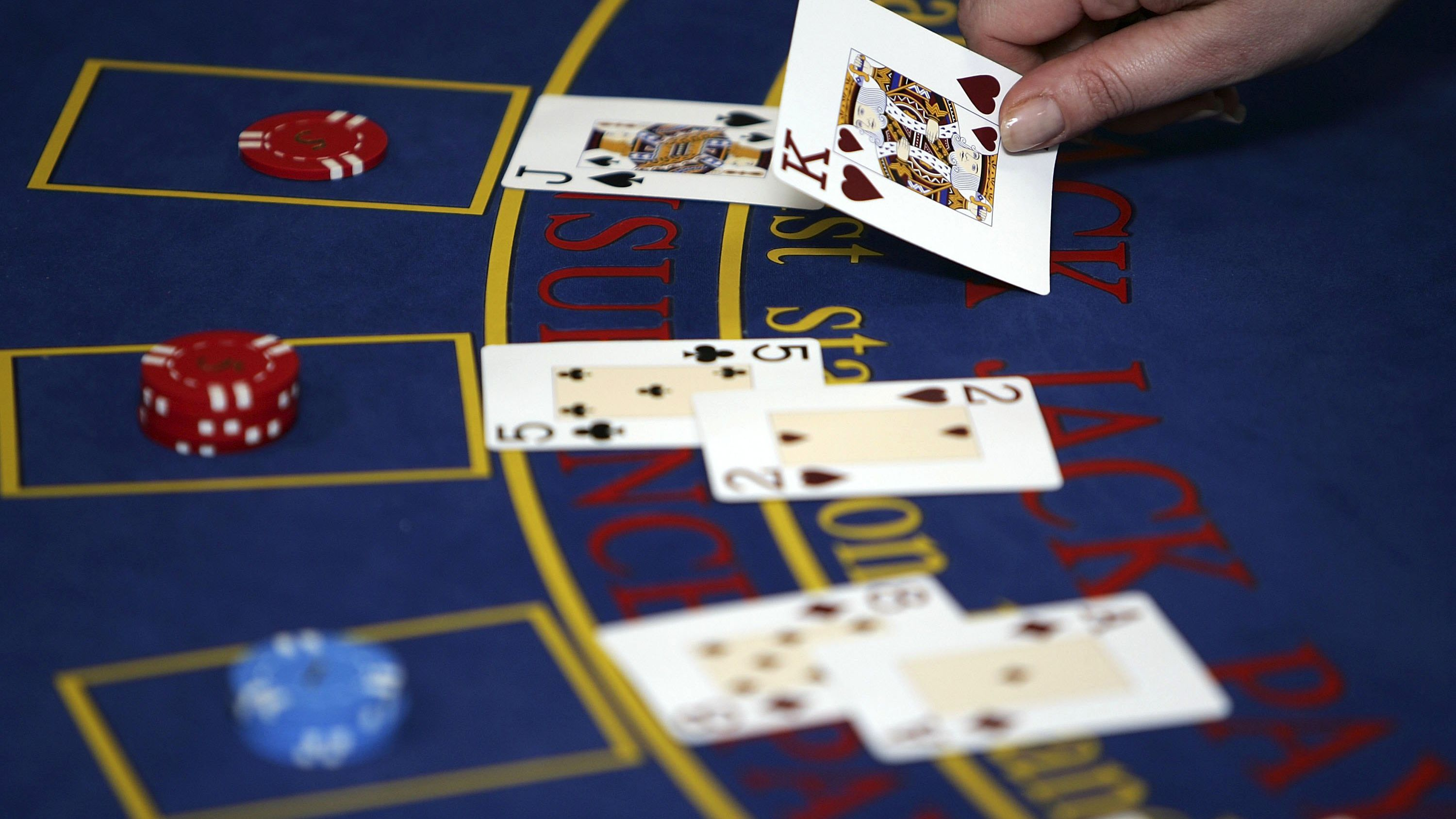 How Blackjack Card Counting Works