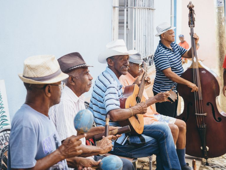 Cuban musicians playing in the street