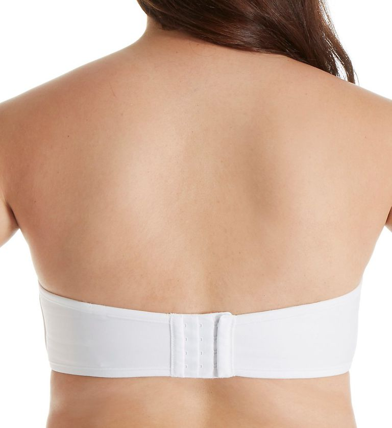 01615a6bed 9 Smoothing Bras to Prevent Back Bulge