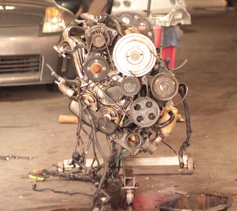 car engine on engine stand