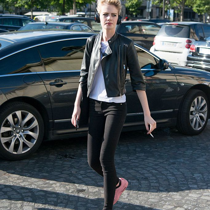 2d815345ac73 28 Easy, Chic Ways to Wear Jeans and a Leather Jacket