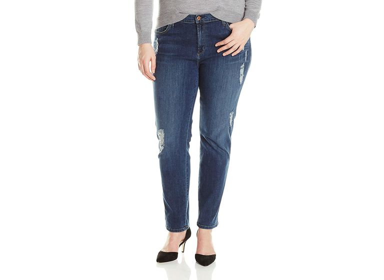 197d92317f238 The Best Jeans Brands and Styles for an Apple Body Type