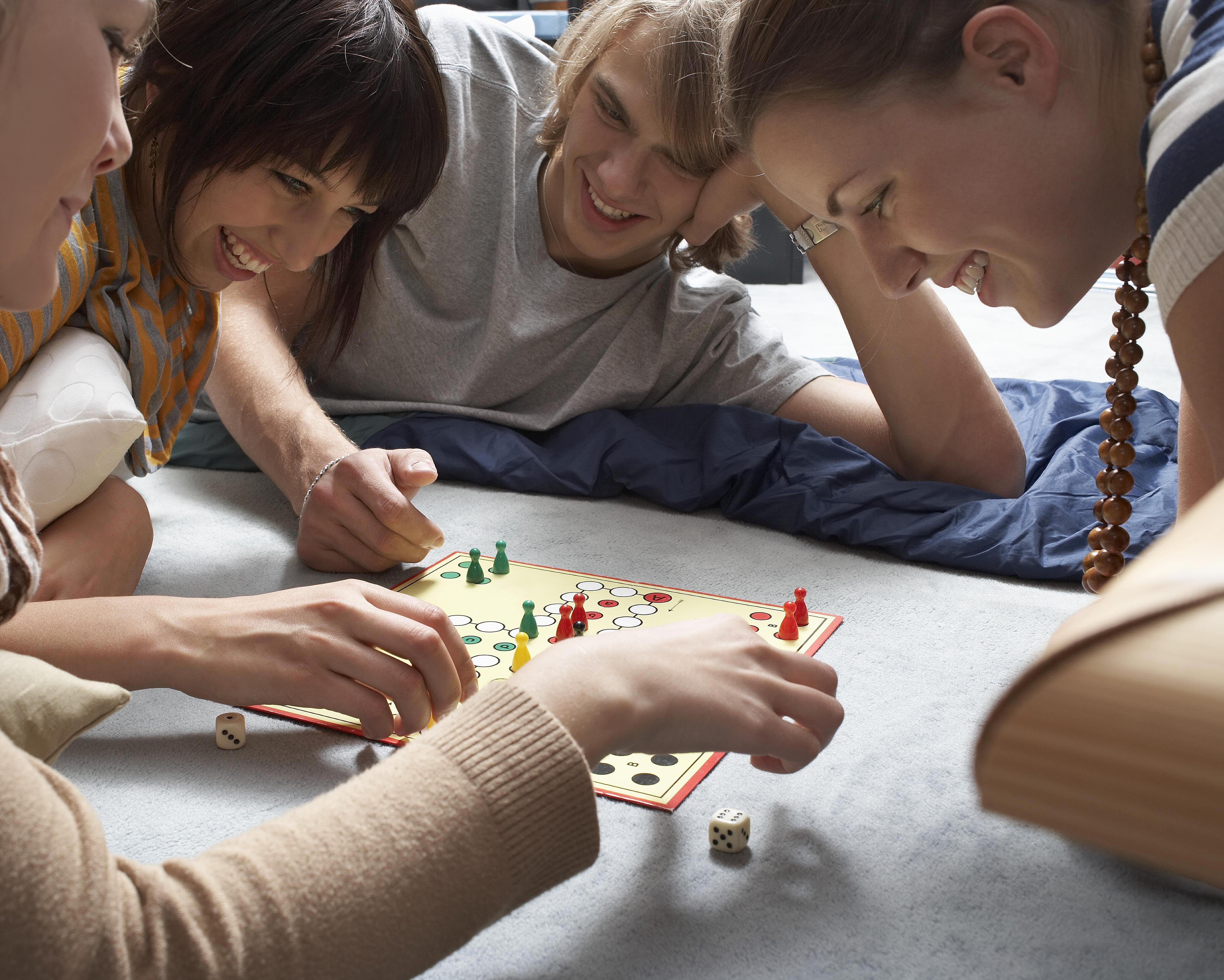 Hot Spiel Party Games