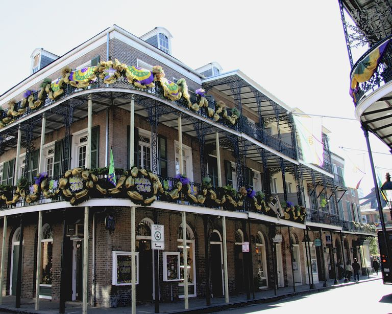 Balconies Like These are the Hottest Ticket in Town During Mardi Gras