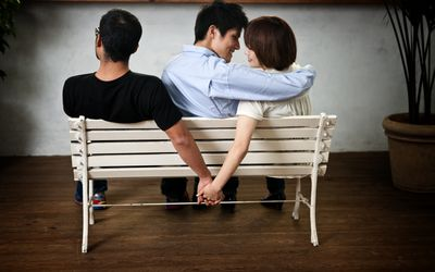 5 Major Effects of Extra-Marital Affairs