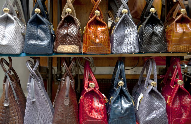 1d4d080d438d 10 Tips on How to Properly Take Care of Your Handbag