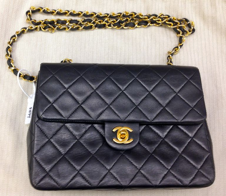 Authentic Chanel Flap Handbag at Portero.com