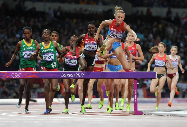 Russia's Yuliya Zaripova leads the field on the way to victory in the 2012 Olympic steeplechase final.