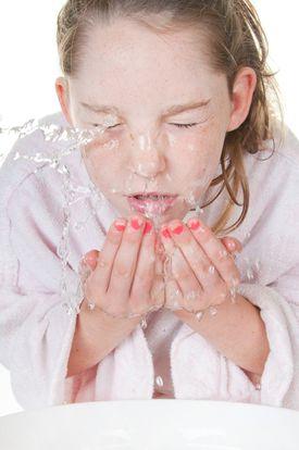 Tween washing face