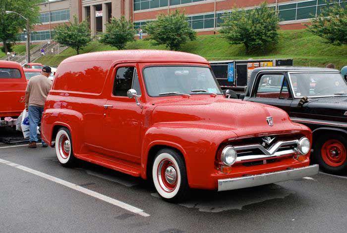 1955 Ford F-100 Pickup Truck