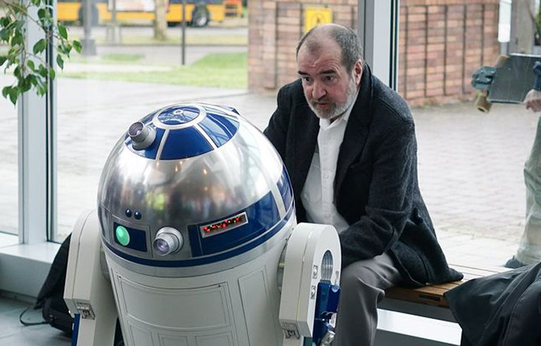 A Tribute to R2-D2: In Memory of Tony Dyson