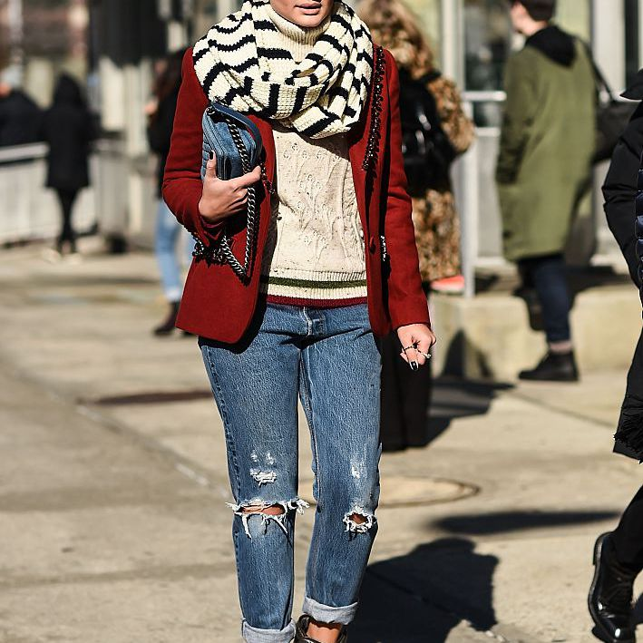 Street style winter look with scarf and jeans