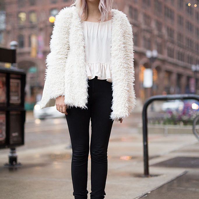d4e245f2973b 31 Winter Outfit Ideas - How to Dress This Winter