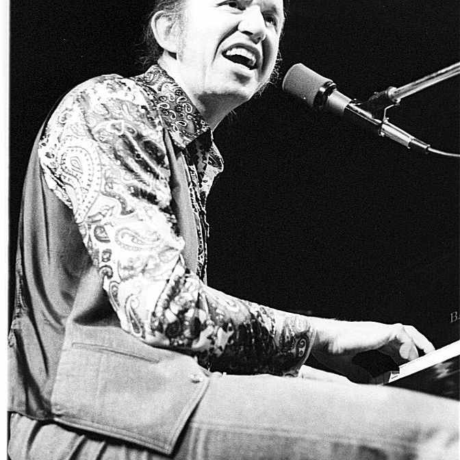 Bob-Dorough-1950-Tom-Copi-Michael-Ochs-Getty.jpg