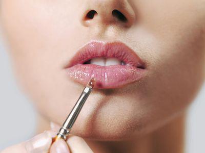 Lipstick Tips And Tricks For Older Women