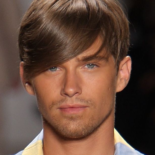 Picture Gallery of Men\'s Hairstyles - Medium Length