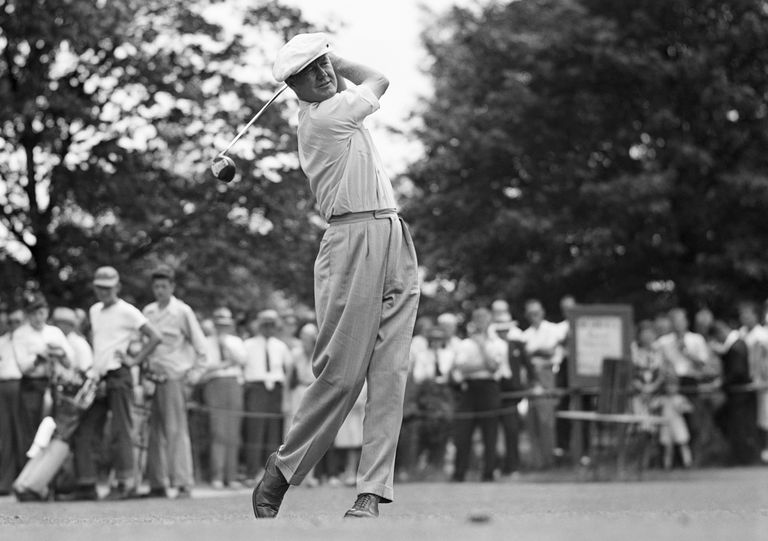 Byron Nelson tees off in the 1945 Chicago Victory Open