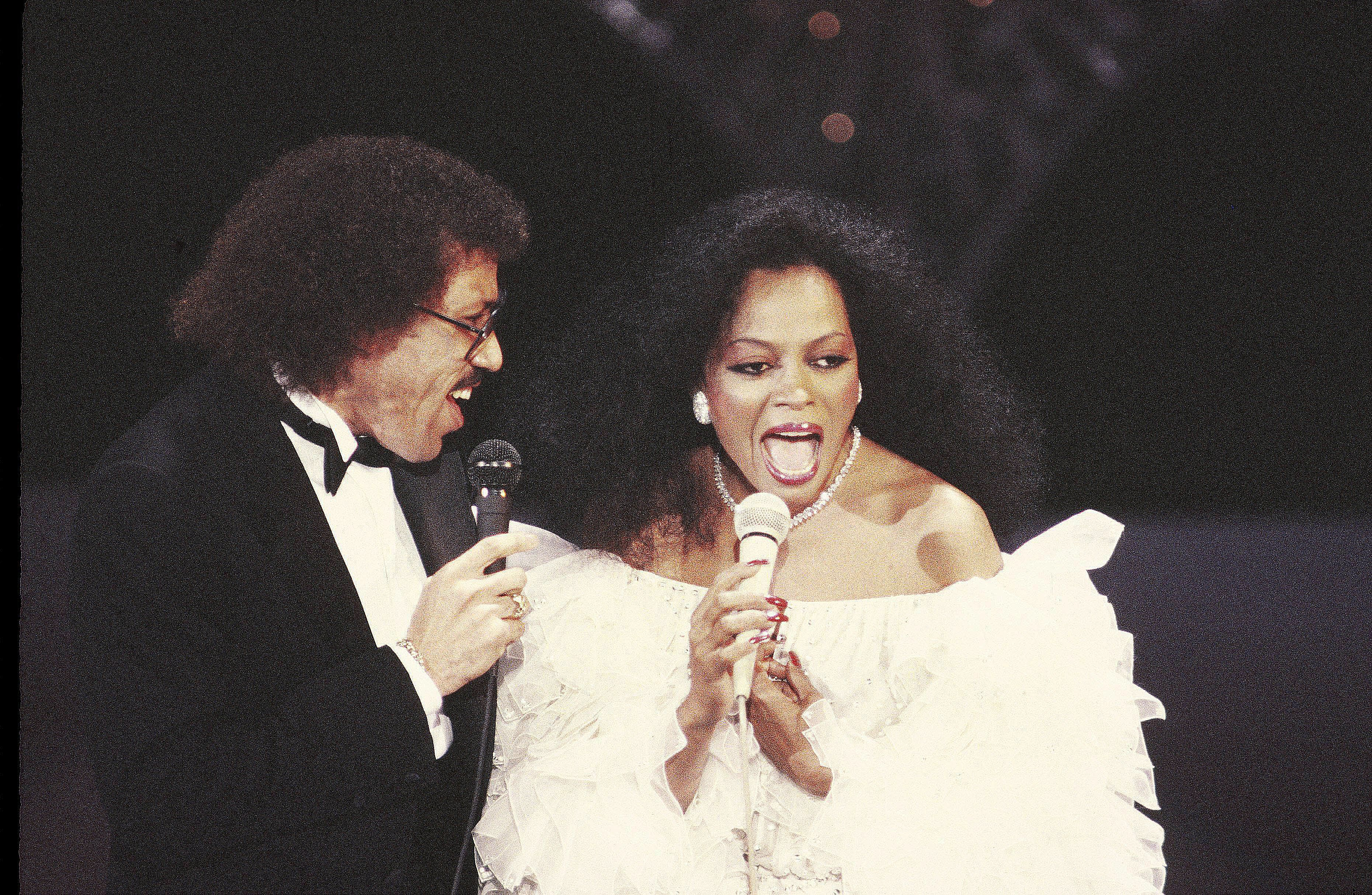 The 15 Greatest R&B Romantic Duets