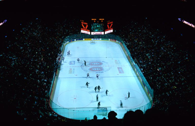 The Edmonton 'Oilers' take on the Montreal 'Canadiens' in a game of ice hockey in the Bell Centre stadium.