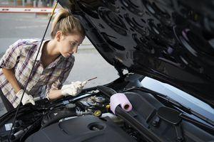 Checking oil