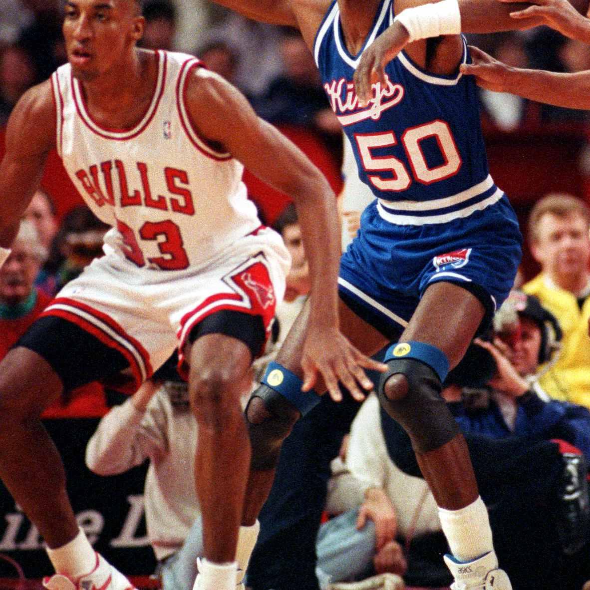 Scottie Pippen wearing Nike Air Flight '89