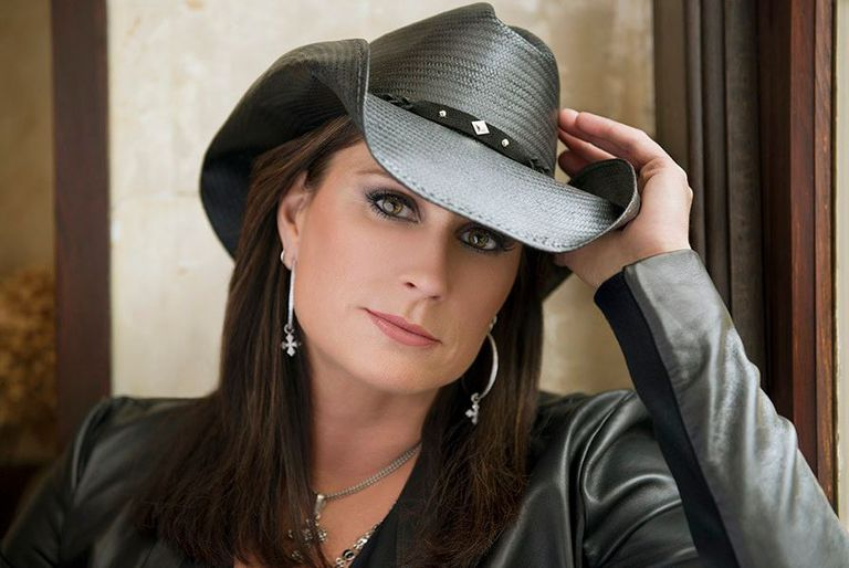 Terri Clark Biography and Discography