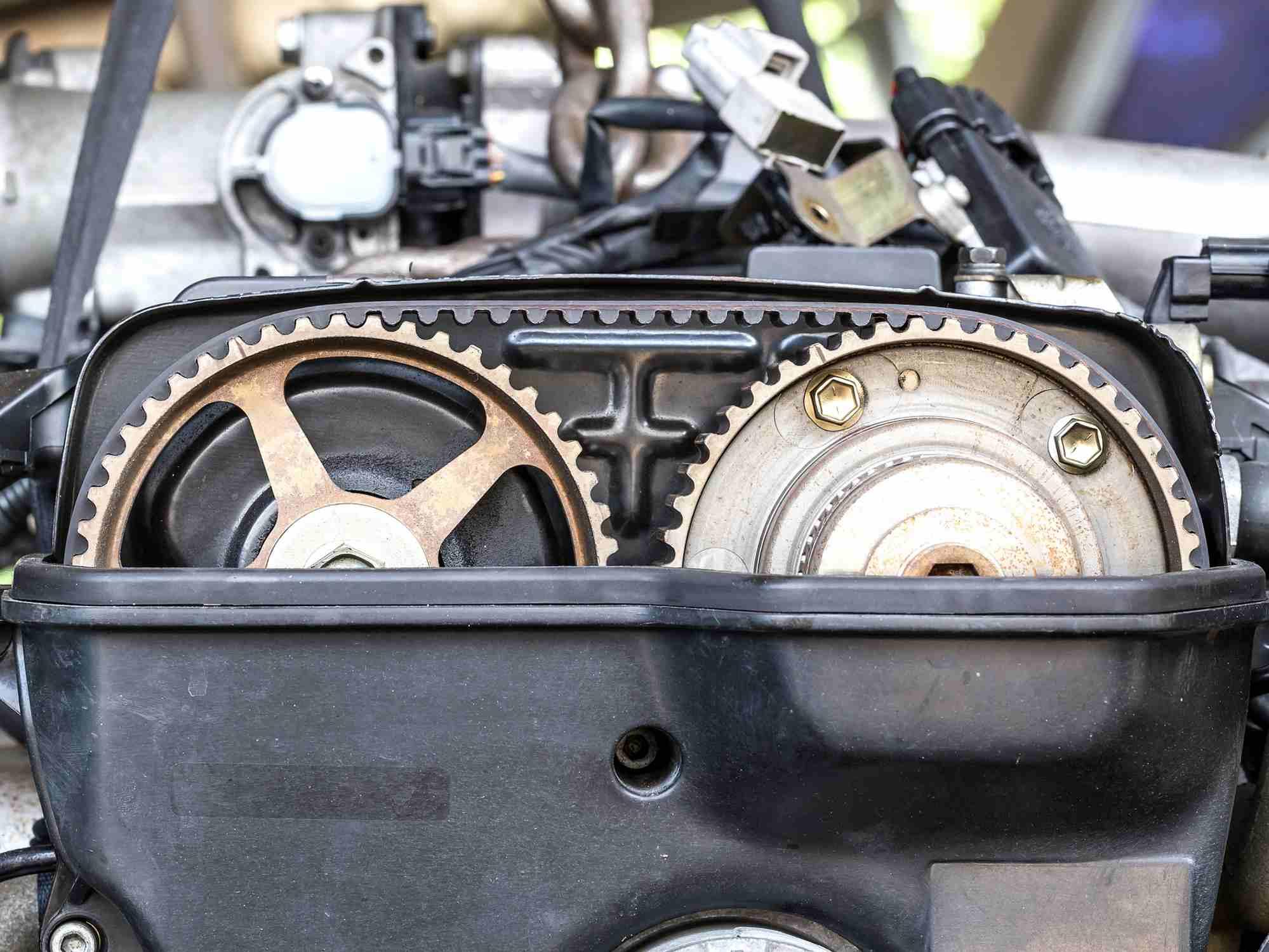 timing belt and camshaft pulleys