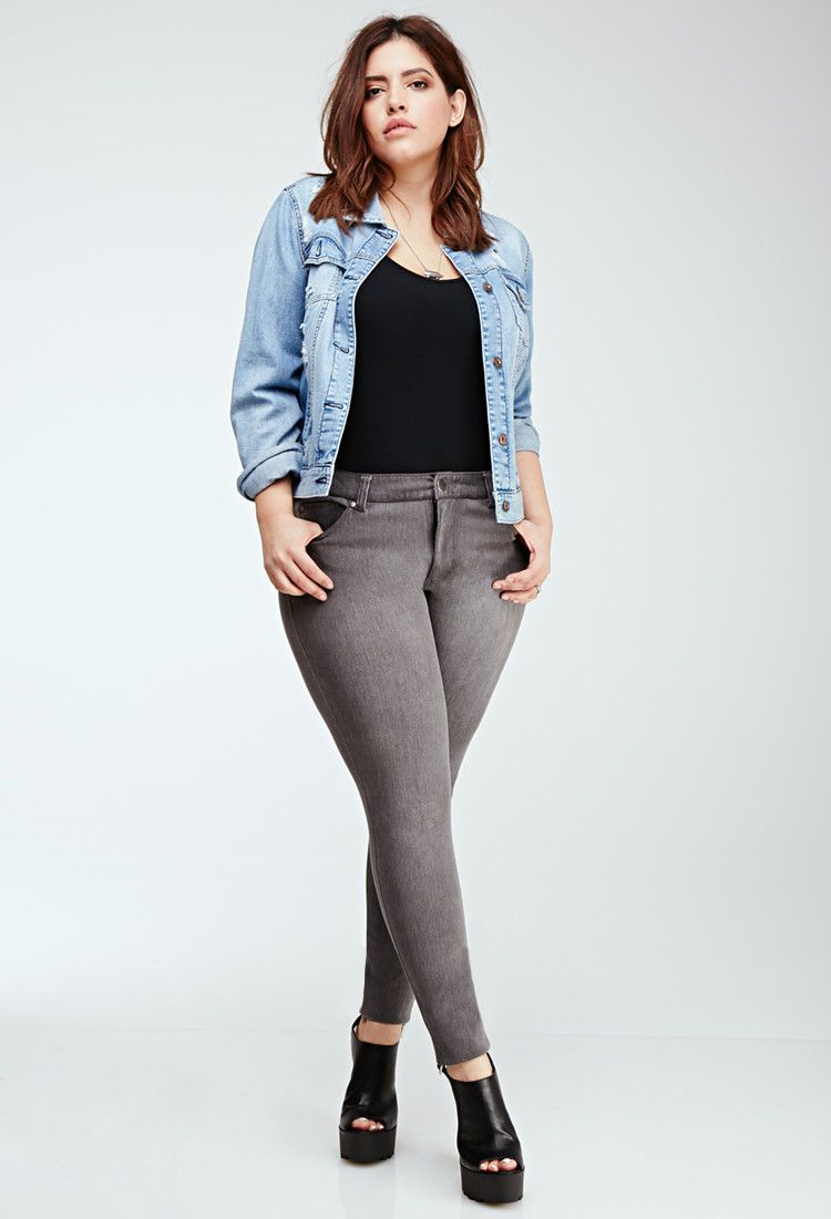2f4fc7d4f770d How to Wear Skinny Jeans if You re Plus Size