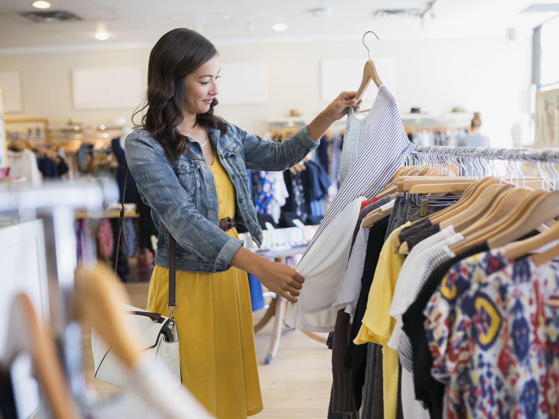 10 Ways to Identify High Quality Clothing