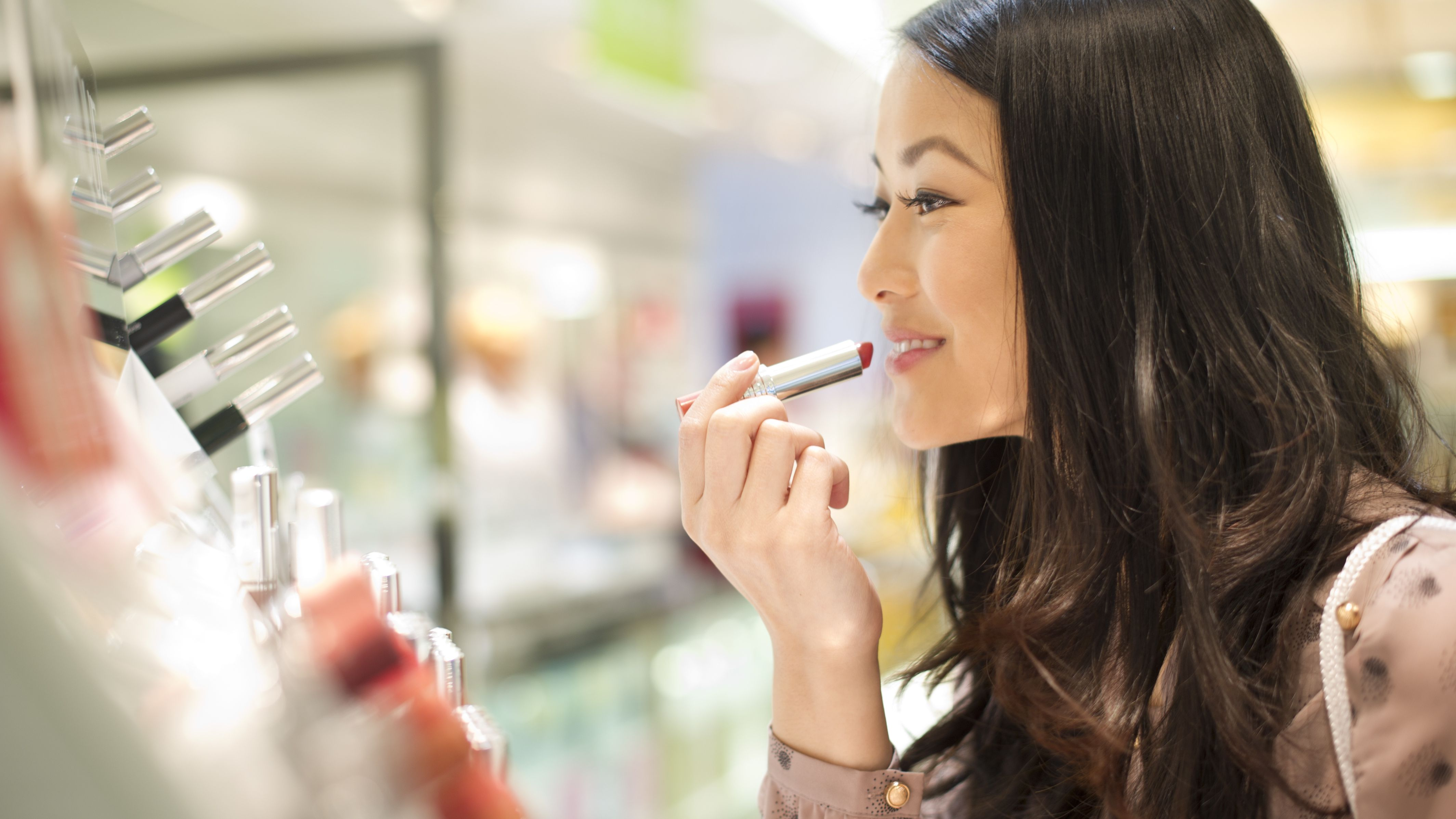 Free Makeup Samples: How to Build Up Your Stash