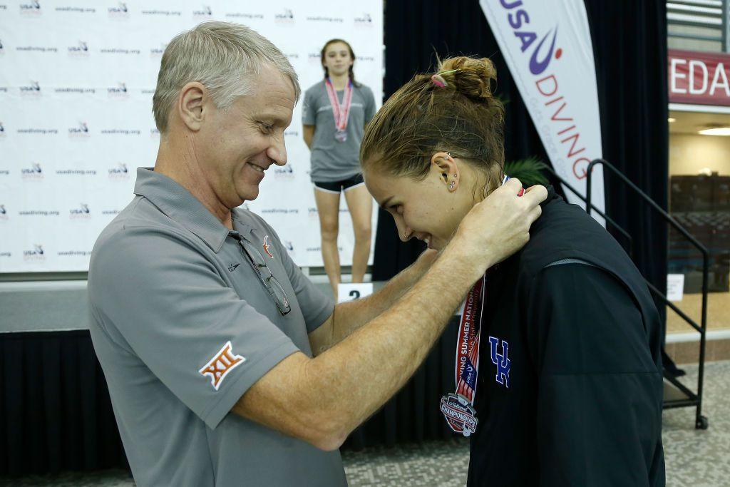 Medal award USA diving