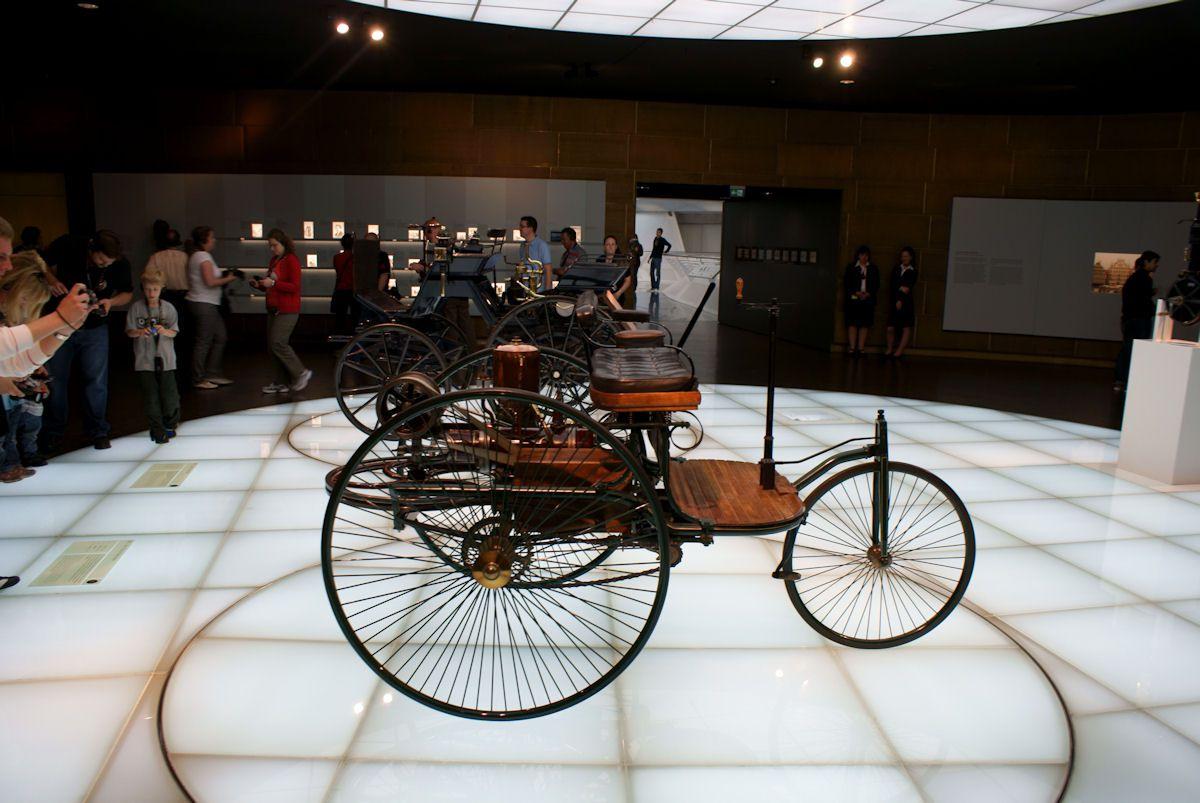 Benz 1886 Patent-Motorwagen on display