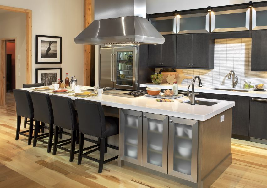 Photo of the Kitchen of the HGTV Dream Home 2011.
