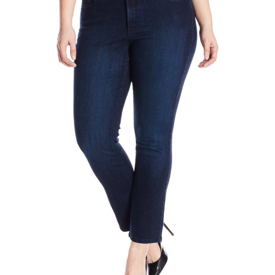 1de7cd260 How to Wear Skinny Jeans if You're Plus Size