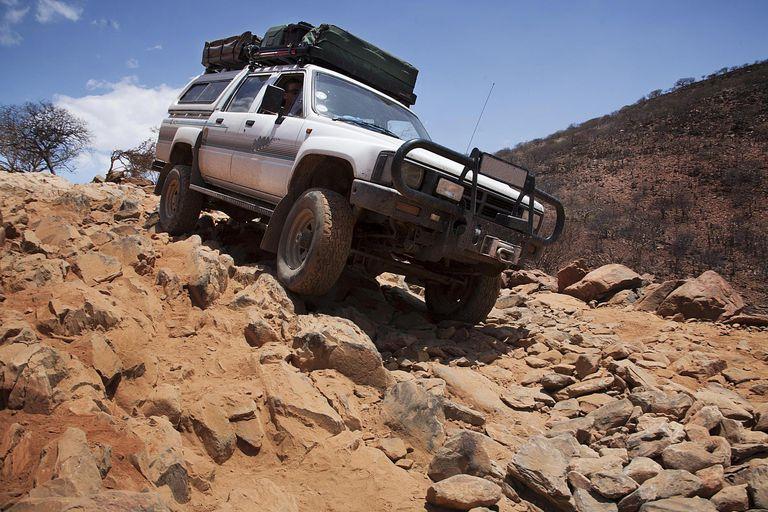 4 X 4 >> The Differences Between 4x4 And 4x2 Vehicles