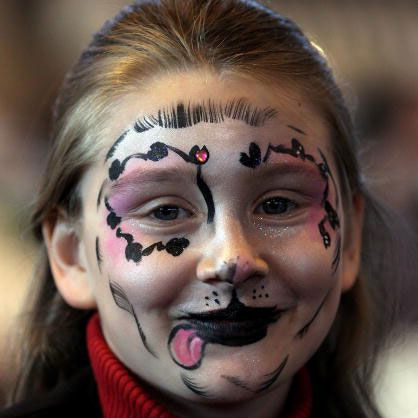 Face painting ideas -- dog face painting