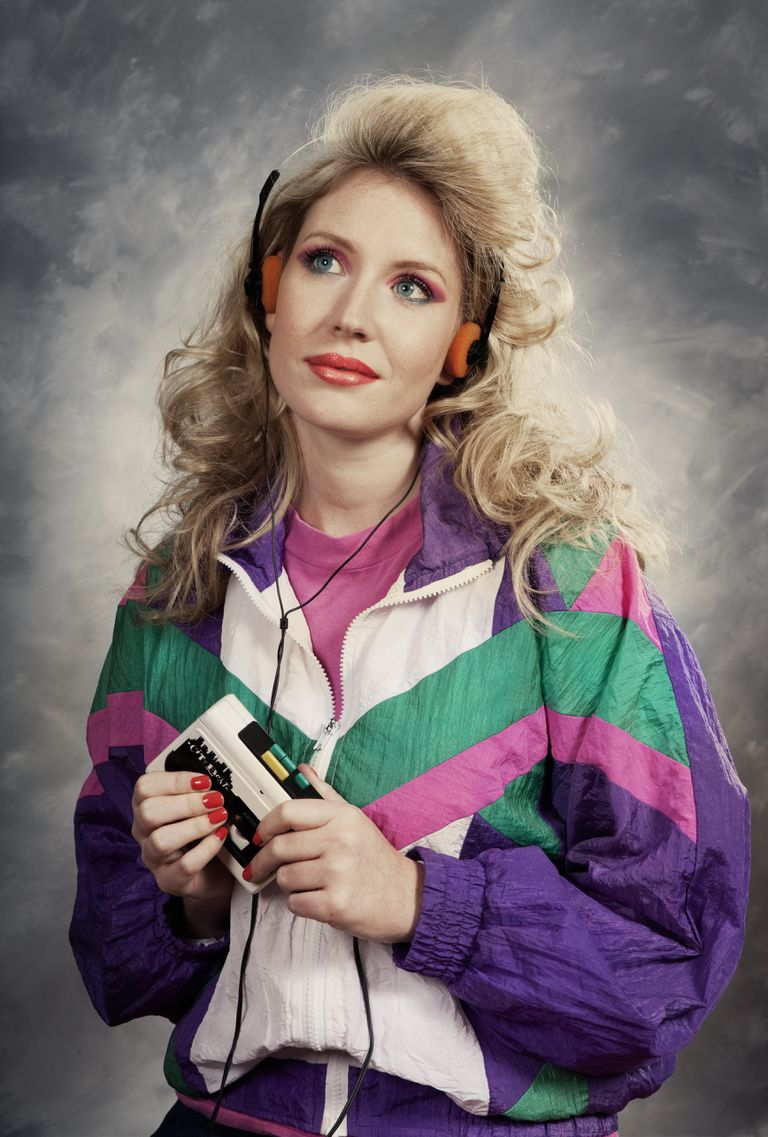 Woman listening to Retro11 Walkman.