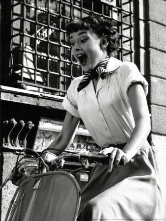 Dress Like An Icon Audrey Hepburn In Roman Holiday