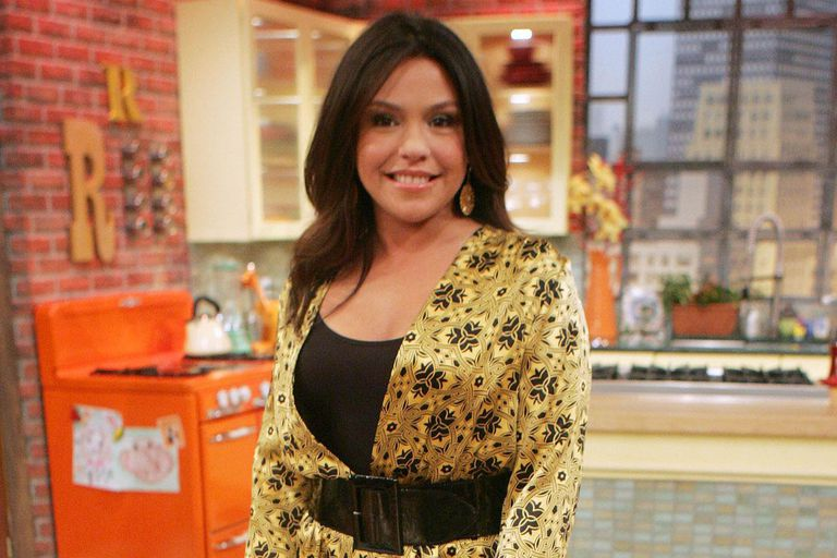 Rachael Ray Show New Season 2020.How To Get Free Tickets To The Rachael Ray Show