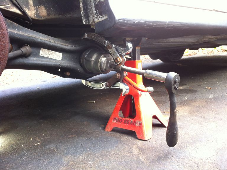Trailing arm on a Honda