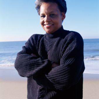 woman-wearing-bulky-sweater