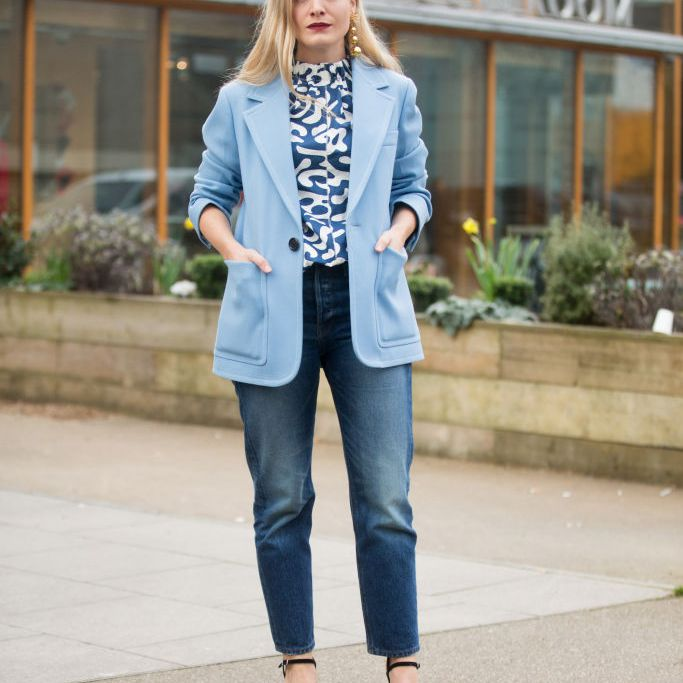 Street style jeans and blazer