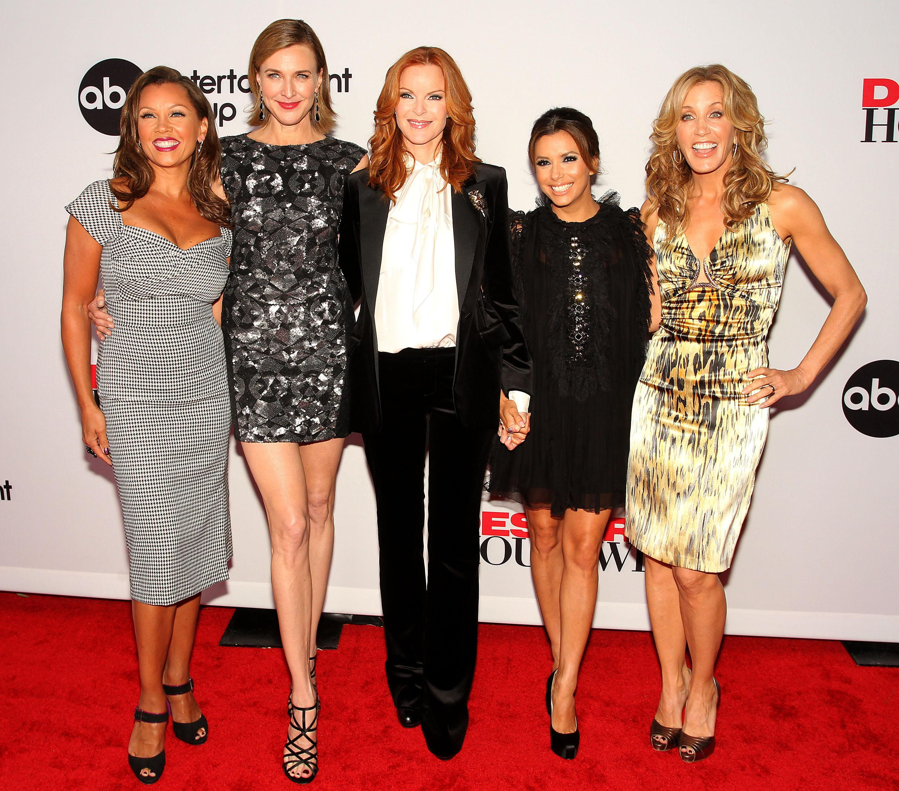 """""""Desperate Housewives"""" cast"""