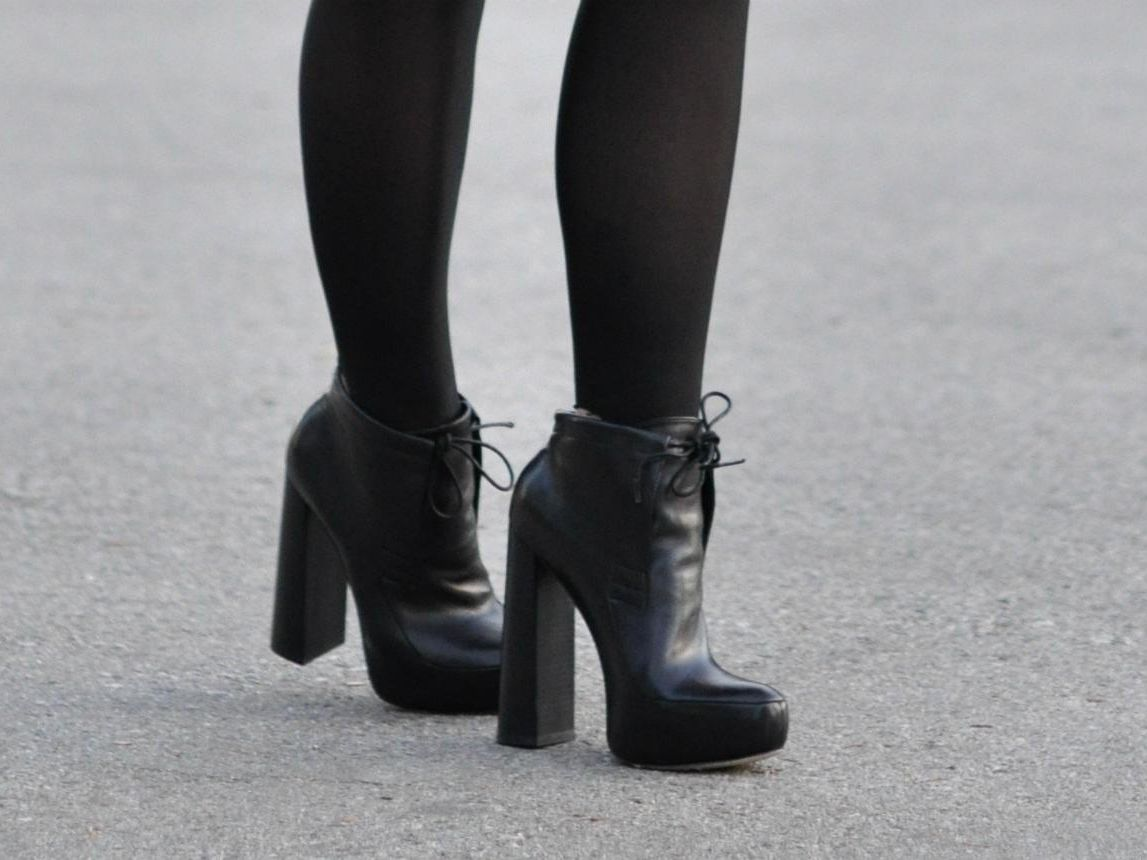 Ankle Boots: What to Wear with Women's Styles