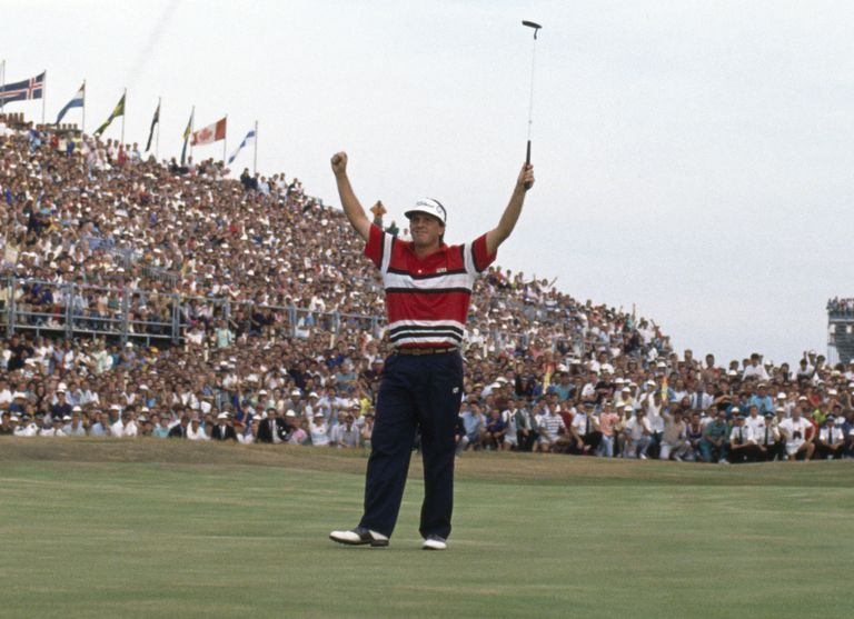 1989 British Open winner Mark Calcavecchia raises his arms in triumph